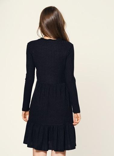 Loves You Eteği volanlı Elbise Siyah